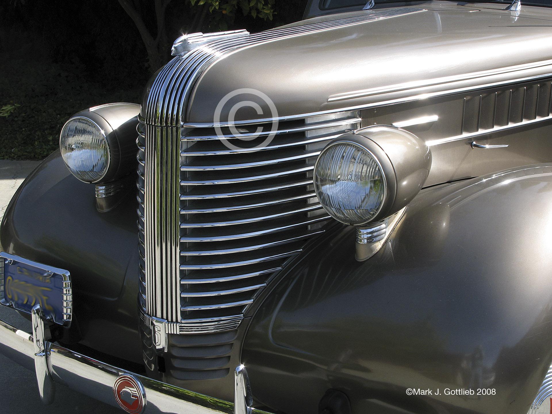 38 Pontiac V1©.jpg