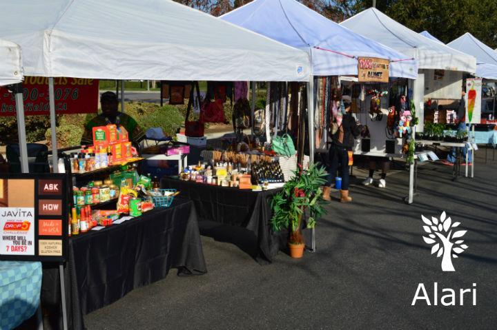 Haggin Oaks Farmers Market in Bakersfield