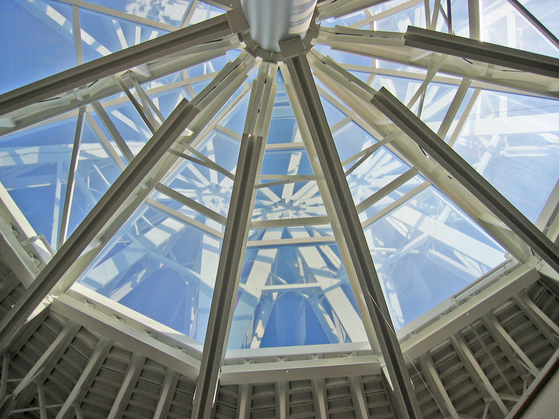 """Go Green! - Take the LEED onEnergy - """"Energy Saver WindowFilms""""Huper Optik's Select ProductTechnology was chosen as oneof the Top 10 Green Innovationsin 2007 by GreenSpec® andEnvironmental Building News."""