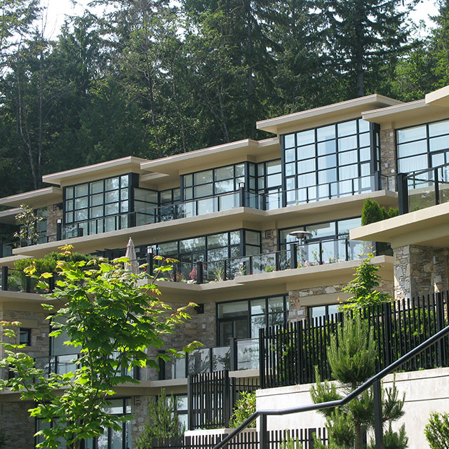 PROJECT: The Properties, West Vancouver   SOLUTION: Reduce Heat Gain   FILM: Huper Optik Select Sech