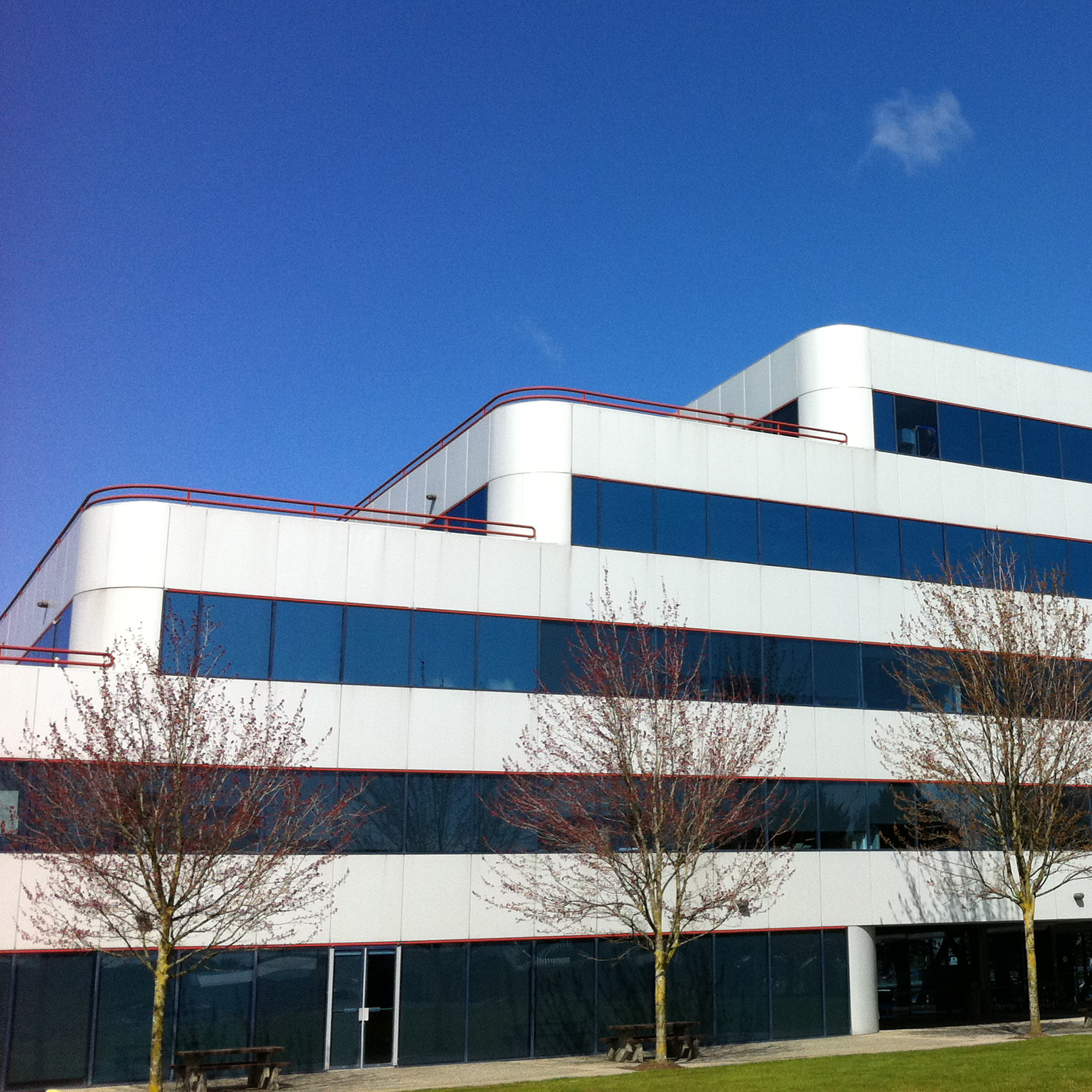 PROJECT: Lysander Richmond   SOLUTION: Reduce Heat Gain   FILM: Madico RS220 Silver Reflective