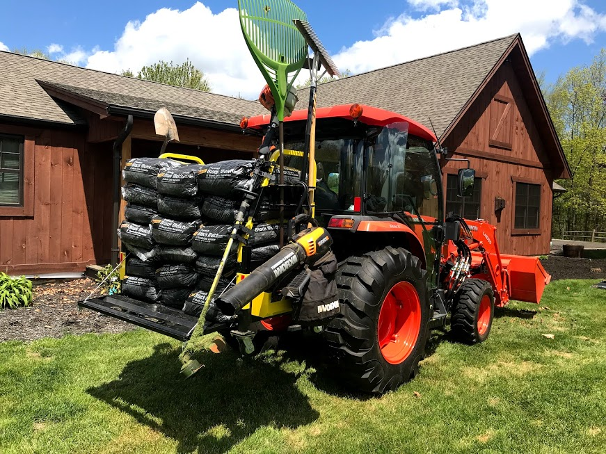 Carry over 18 bags of mulch as well as your shovels and rakes in one trip ( Holds up to 600-LBS)