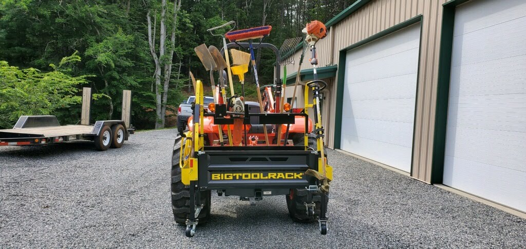 BIGTOOLRACK Holds a lot of tools.   Built to HAUL it ALL!