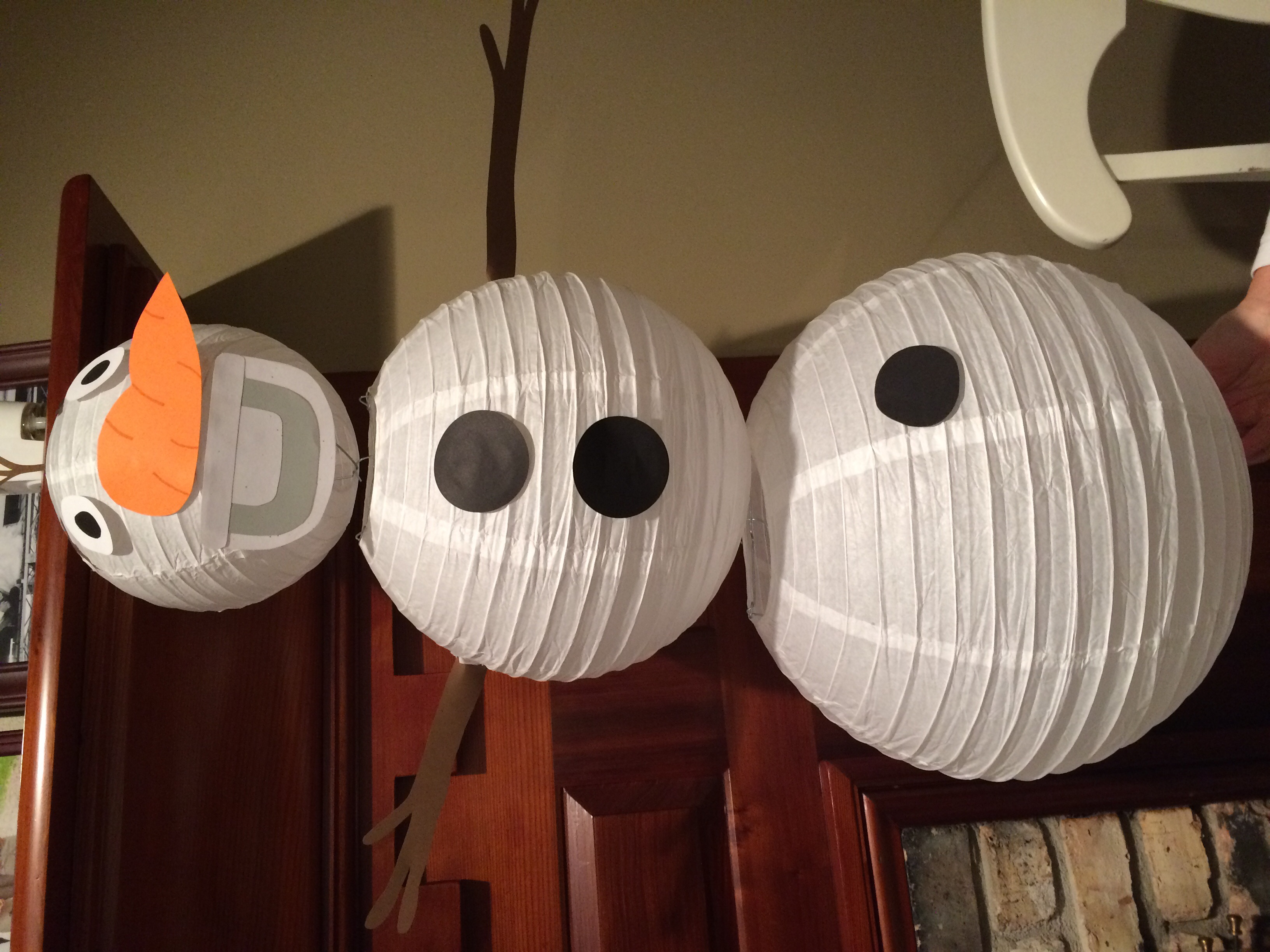Our very own Olaf! Lanterns from Yellow Pinwheels