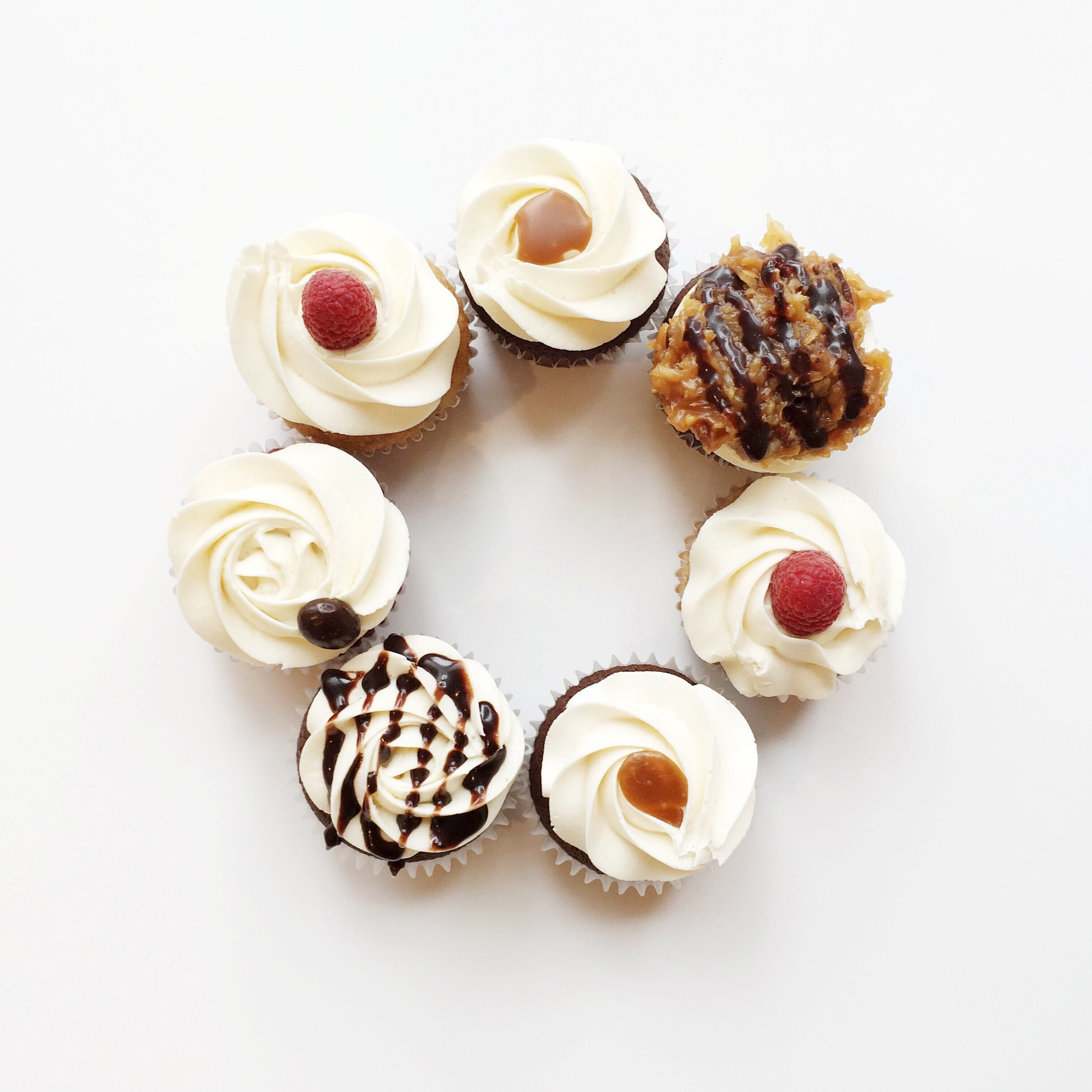 Gourmet cupcakes in a variety of flavors ready for you every day!