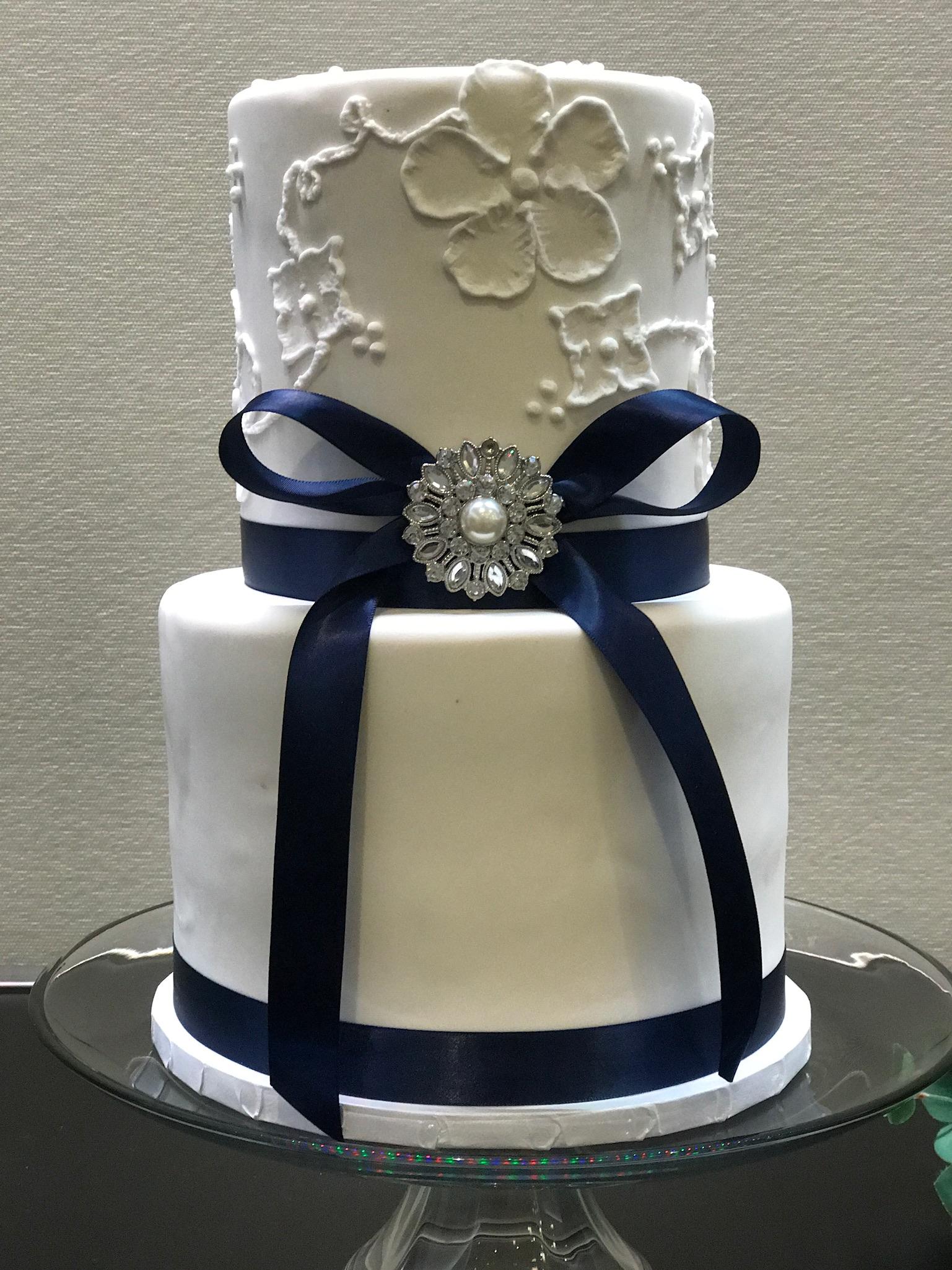 Wedding Cakes Amy S Cupcake Shoppe