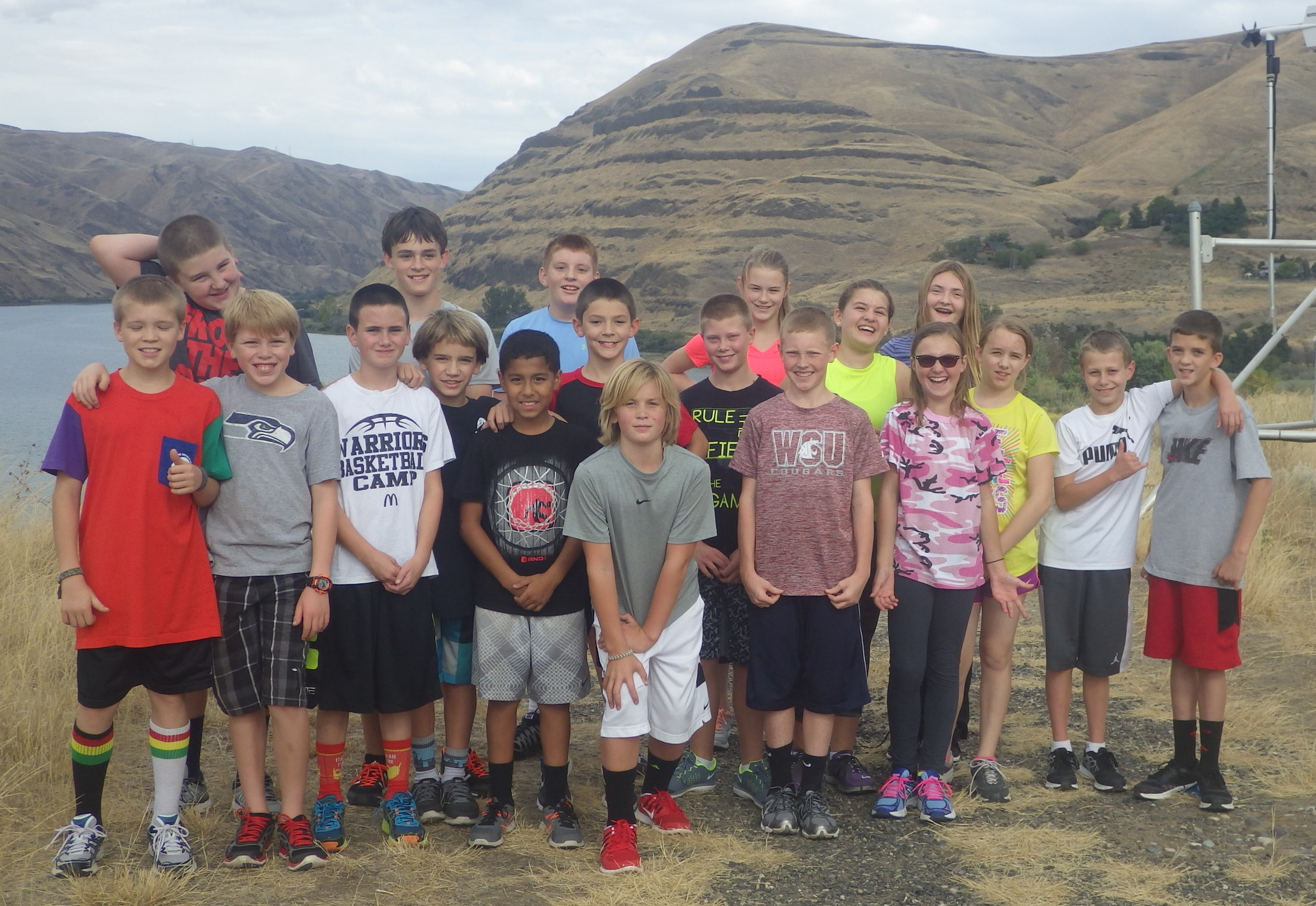 The Asotin Junior High squad at the top of the hill at Chief Timothy State Park. Getting a feel for the course. Island run is in nine days.