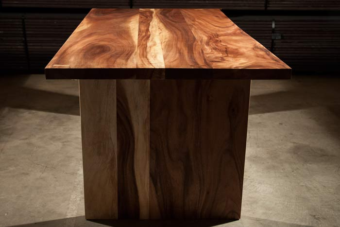 ACACIA TABLE T2