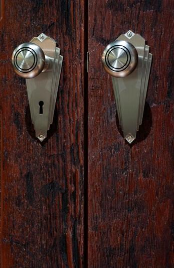custom-weathered-patina-rough-red-wood-doorsx800.jpg