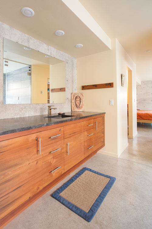 _MG_1059-bathroom-m.jpg