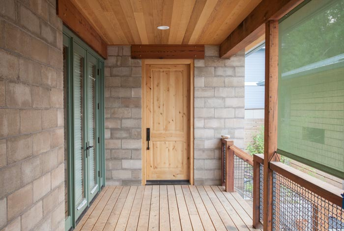 _MG_1136-front-entry-m.jpg