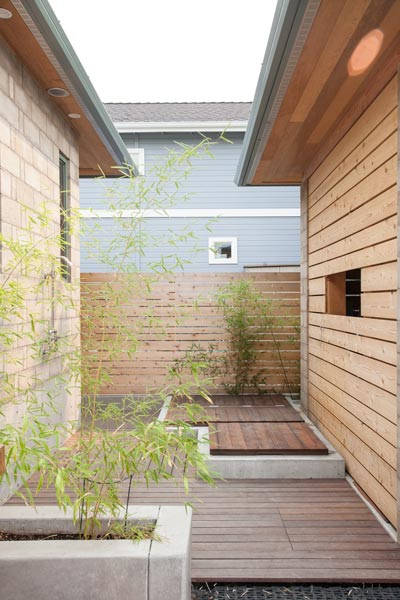 reclaimed-tropical-wood-deck-m.jpg