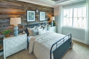 gray-weathered-reclaimed-wood-wall-m.jpg