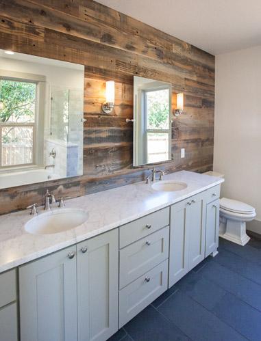 rustic-reclaimed-wall-bathroom.jpg
