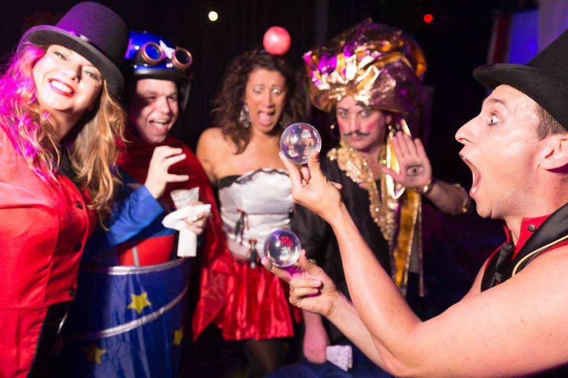 David Knox _ Contact Juggler - circus contact juggler.jpg