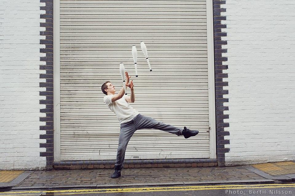 jugglers (4).jpg