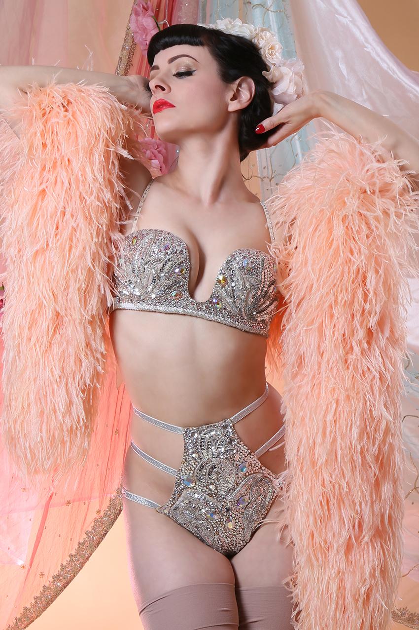 burlesque (4).jpg
