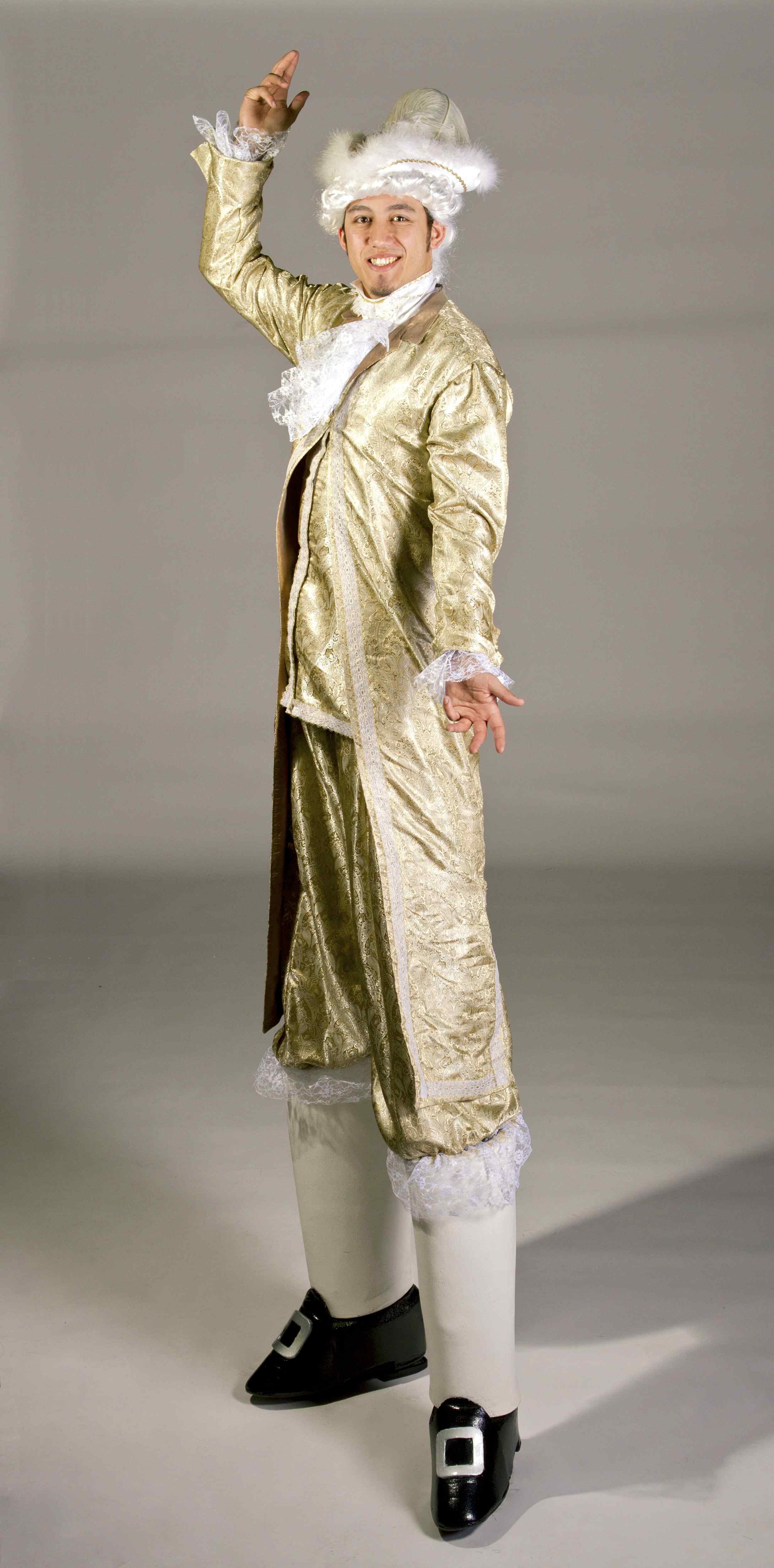 Masquerade venetian stilt walker (2).jpg