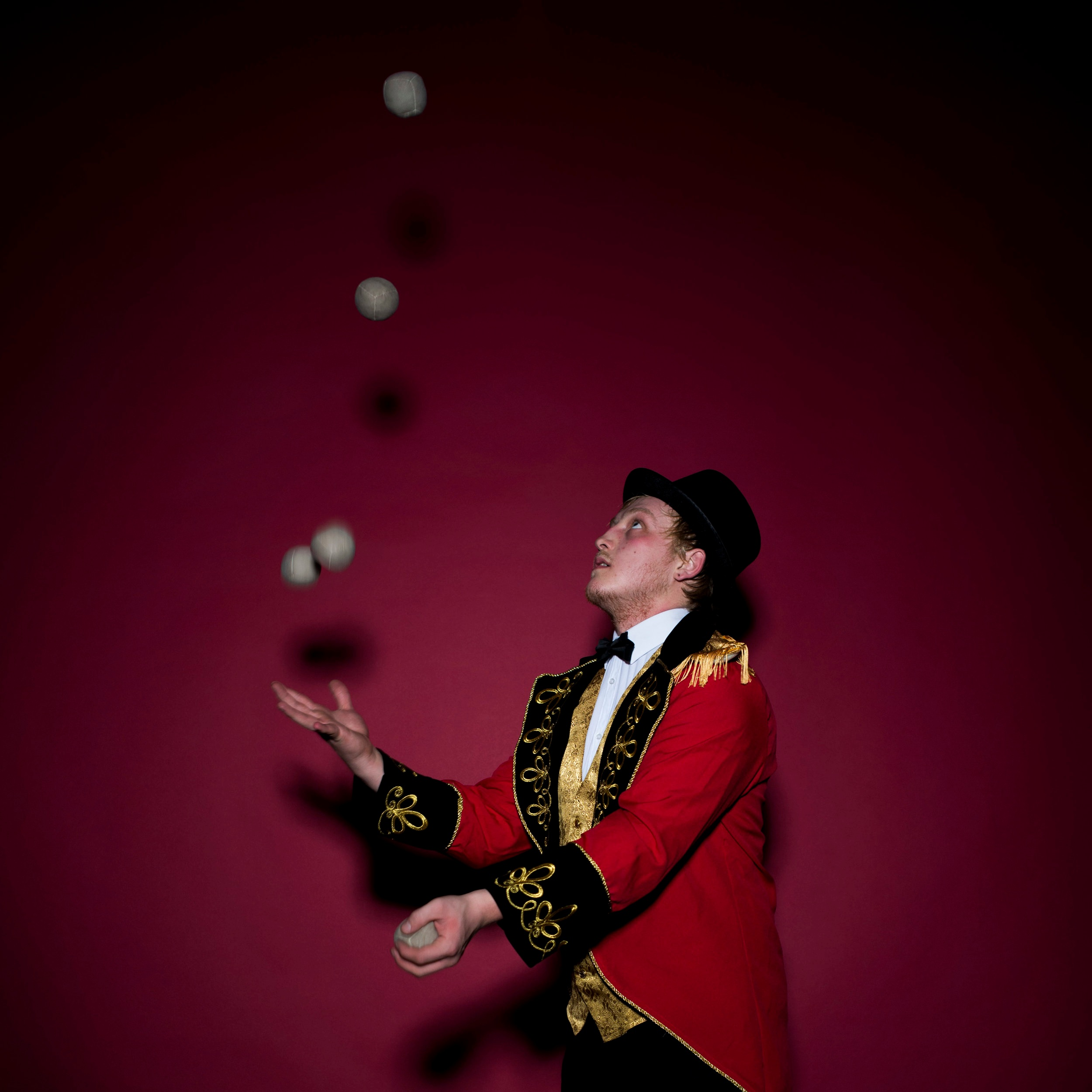 diabolo and juggling