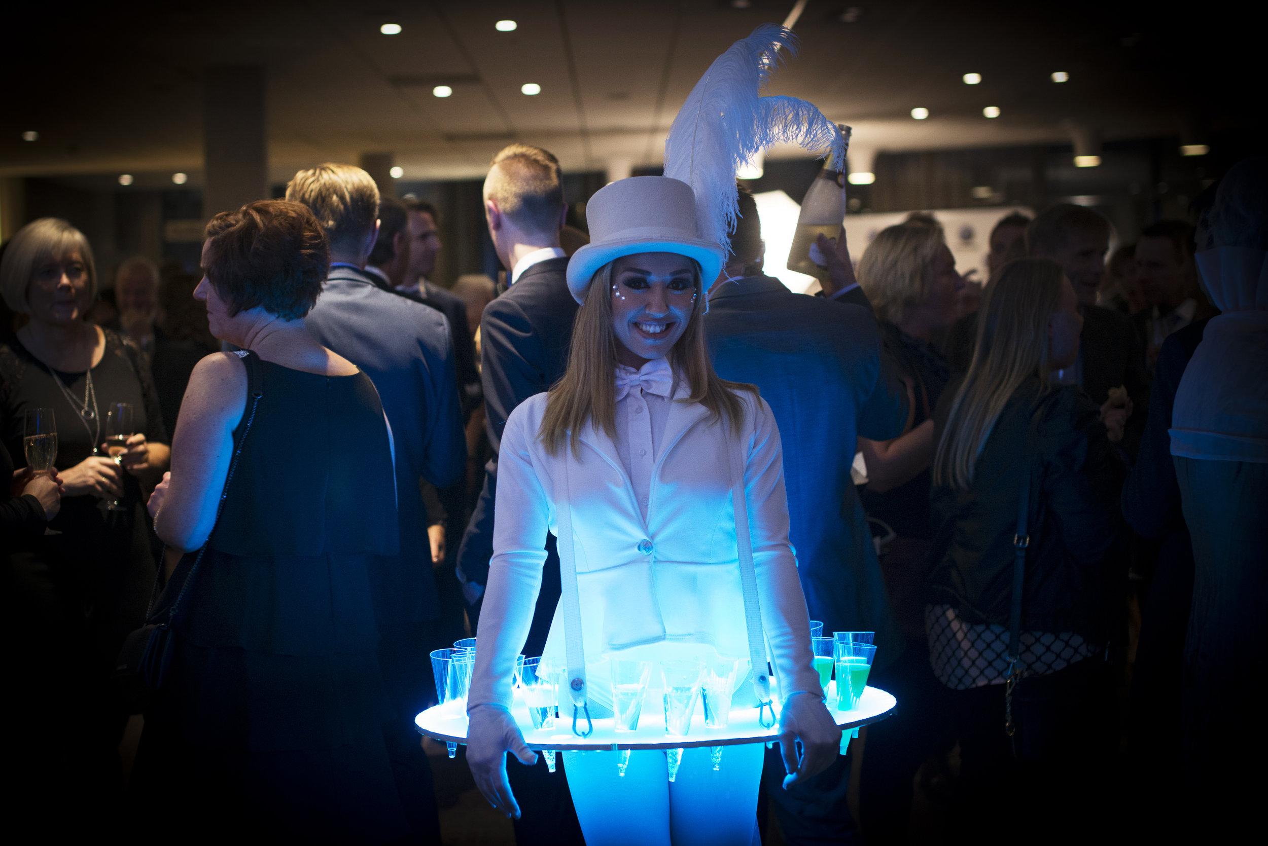 LED Roaming Table - White 1.jpg