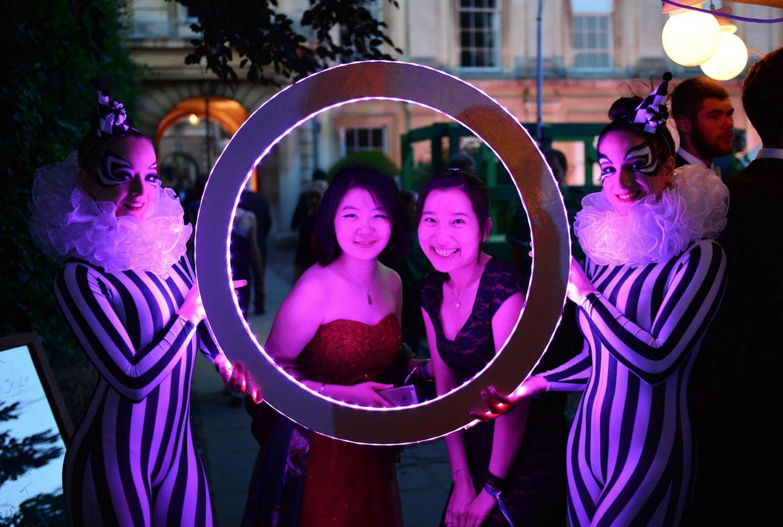LED Photo Frame - Circle 9.jpg