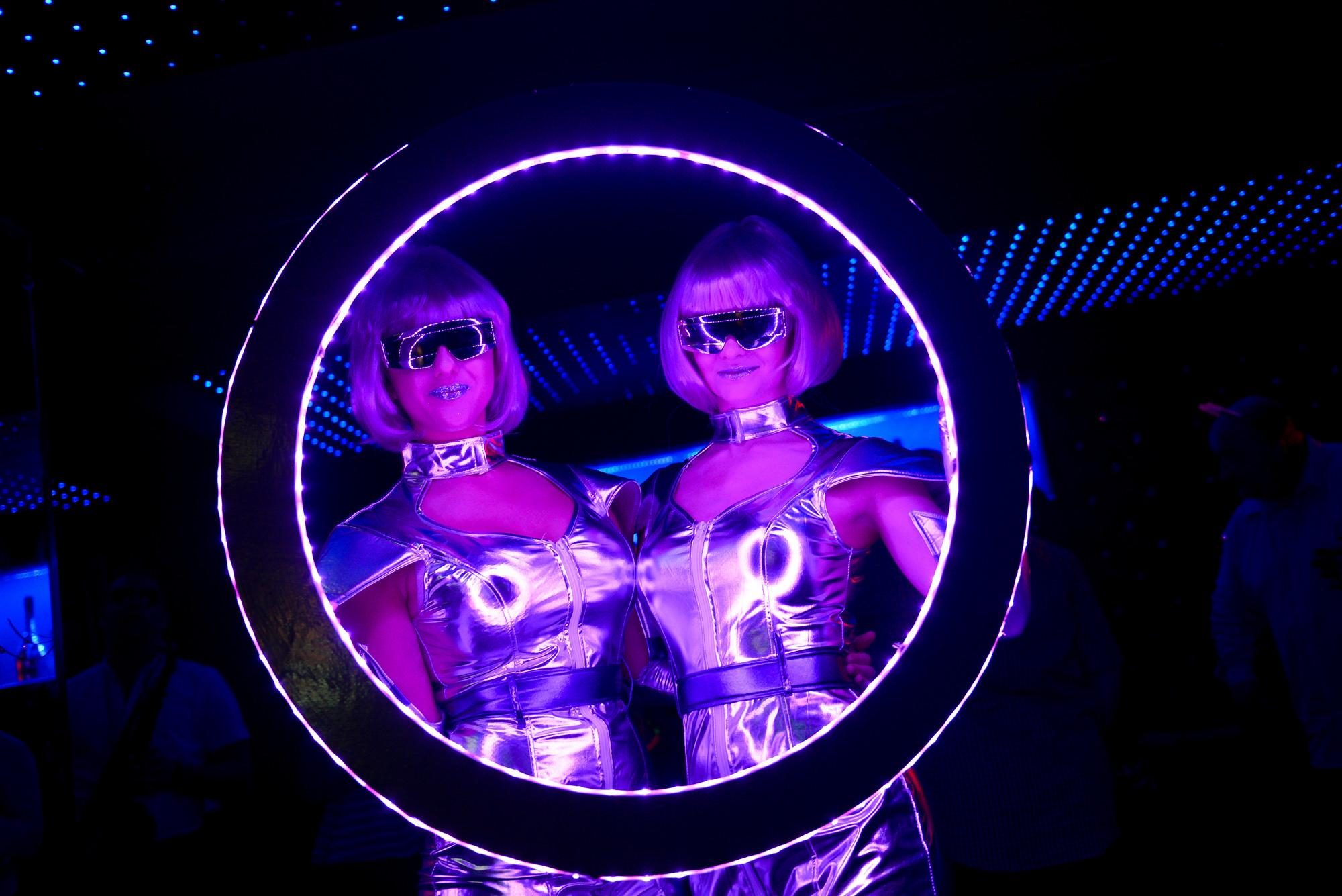LED Photo Frame - Circle 26.jpg
