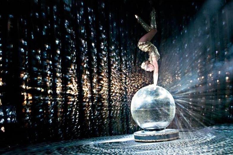 mirror ball acrobatic act