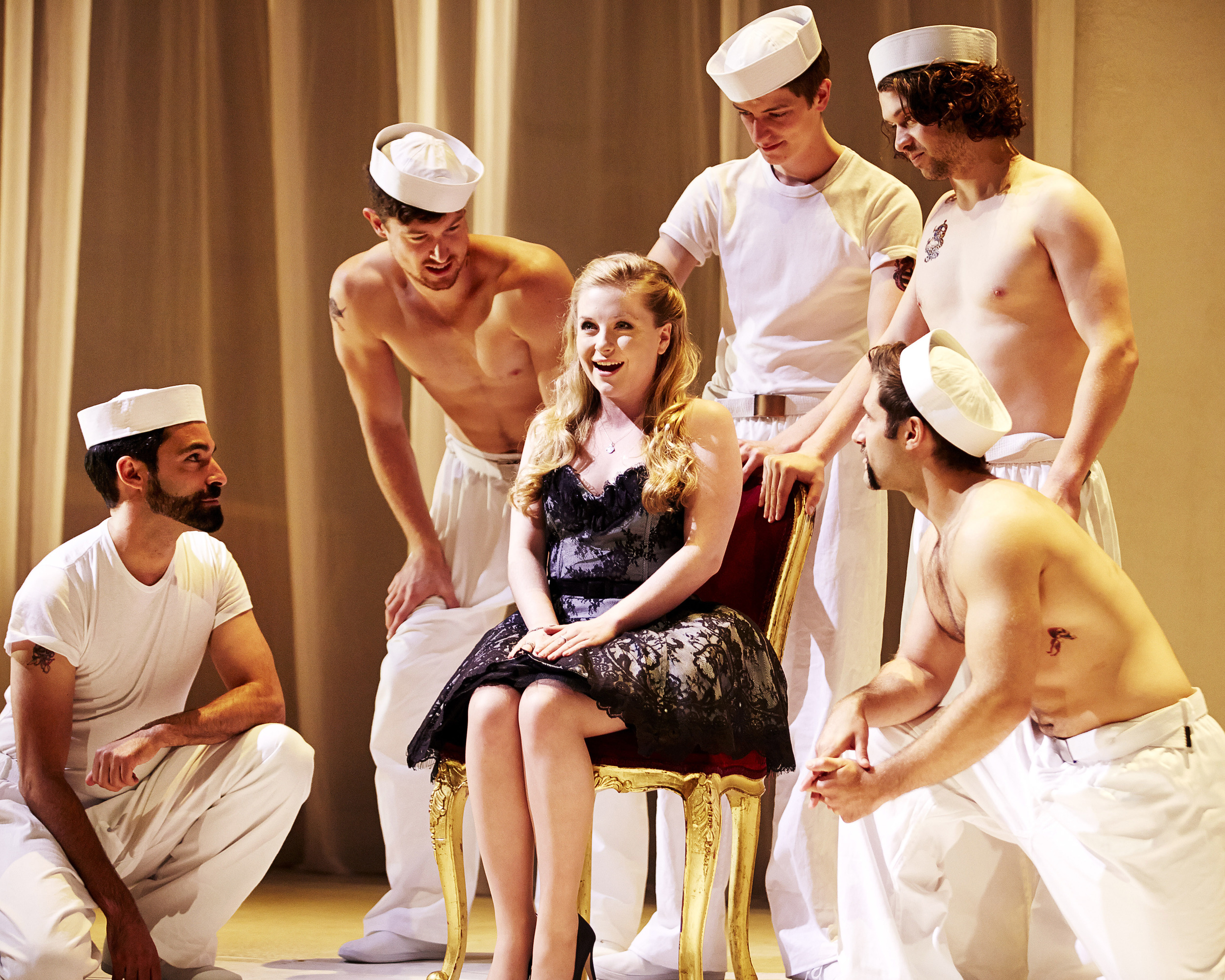 Pinchgut Giasone 2013_Alexandra Oomens as Alinda_credit Keith Saunders.jpg