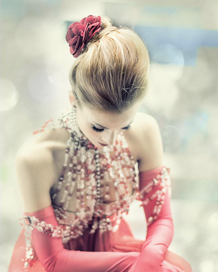 Moulin Rouge - Estetica Cover Shoot