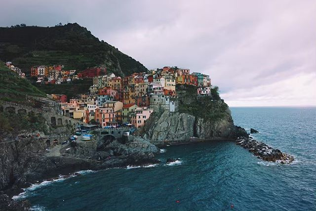 This place is basically a fairy tale.  I can't believe that we finally made it to Cinque Terre and that mans that unfortunately our journey is quickly approaching its conclusion.  We've been touring around the country and taking in so much.  I wouldn't call it a relaxing vacation (that's not how I approach vacations anyway - reinvigoration is my end goal) but the energy spent has resulted in amazing experiences and wonderful views.  If you get a chance please get yourself here, it's a wonderful country and the food is on a completely different level. . . . . #travelphotography #sonyrx100v #italy🇮🇹 #cinqueterre #hikecinqueterre #monterosso #manarola #vernazza #mediterranean #italia