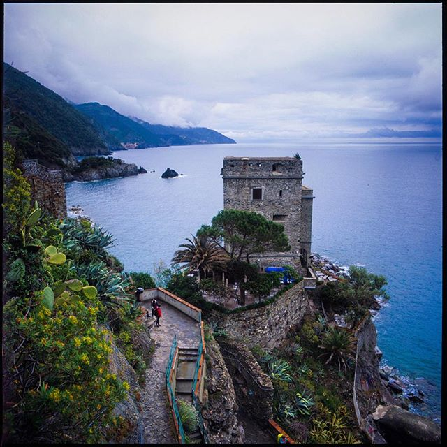 So I finally got my slides back and I'm just starting into scanning some of the Velvia shots.  I'll be doing more with Velvia... it's Magical. . . . . . . : #analogphotography #italia #travelphotography #italy🇮🇹 #fuji #velvia50 #landscape #seascape #cinqueterre #5terre #monterosso #hasselblad503cx #hasselblad