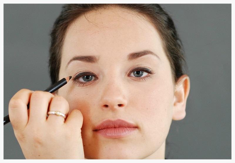 smokey eye makeup step 2