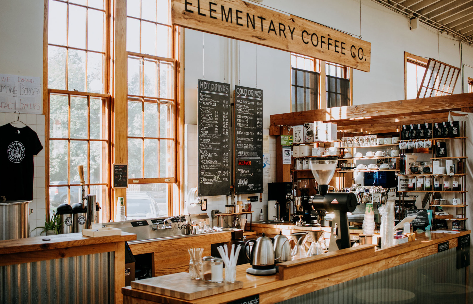 Squarespace Coffee Shop Website Example
