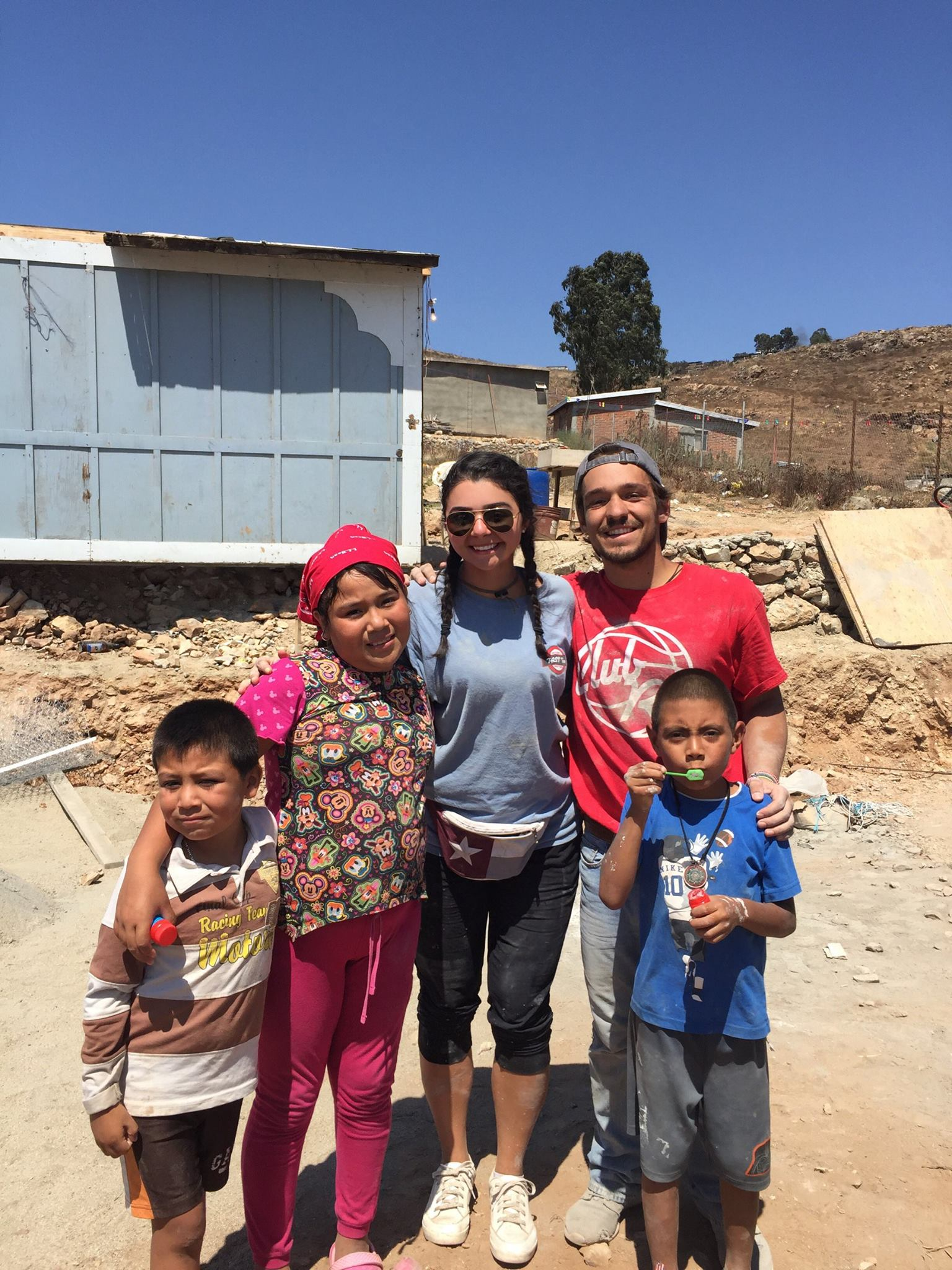 project-mexico-family-intern-kids.jpg