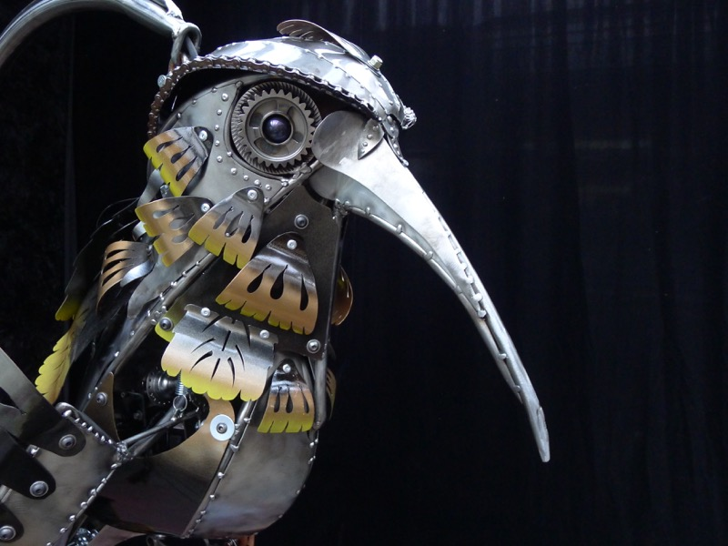 Eye and feather detail of a kinetic sculpture by Chris Cole - jack the hummingbird 012