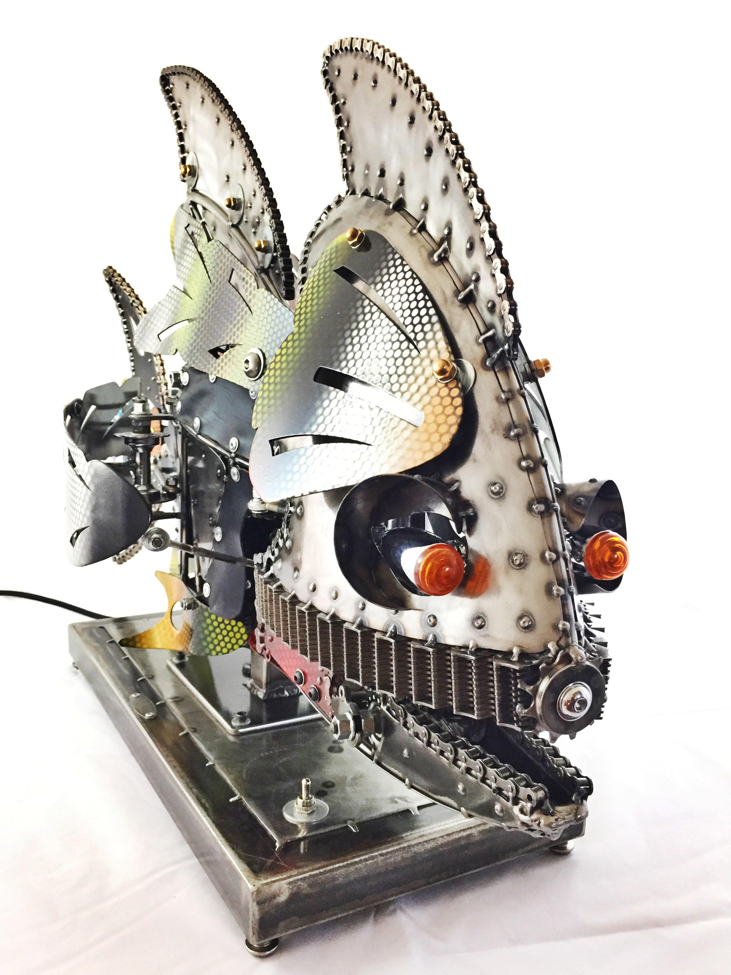 Rita KineticSculpture by Chris Cole head detail 002