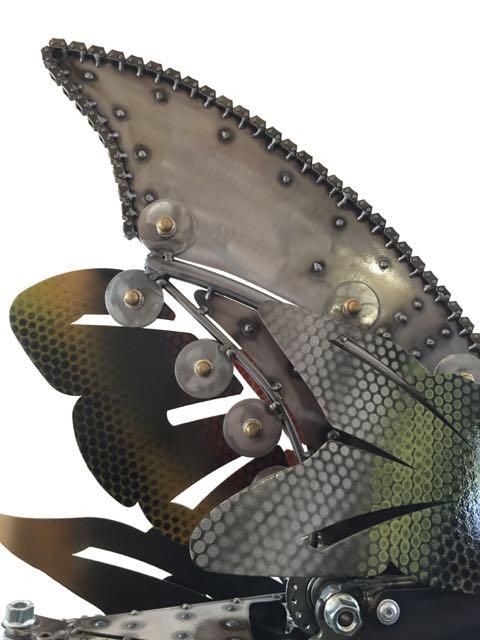 Rita KineticSculpture by Chris Cole fish fin detail 005