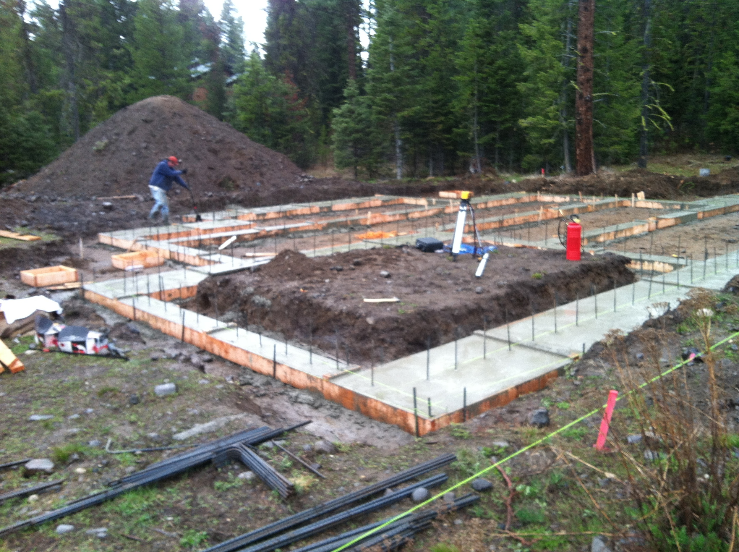 Footings are placed and prepared for the ICF walls. Notice the extra wide engineered spread footings. All our homes are structurally engineered.