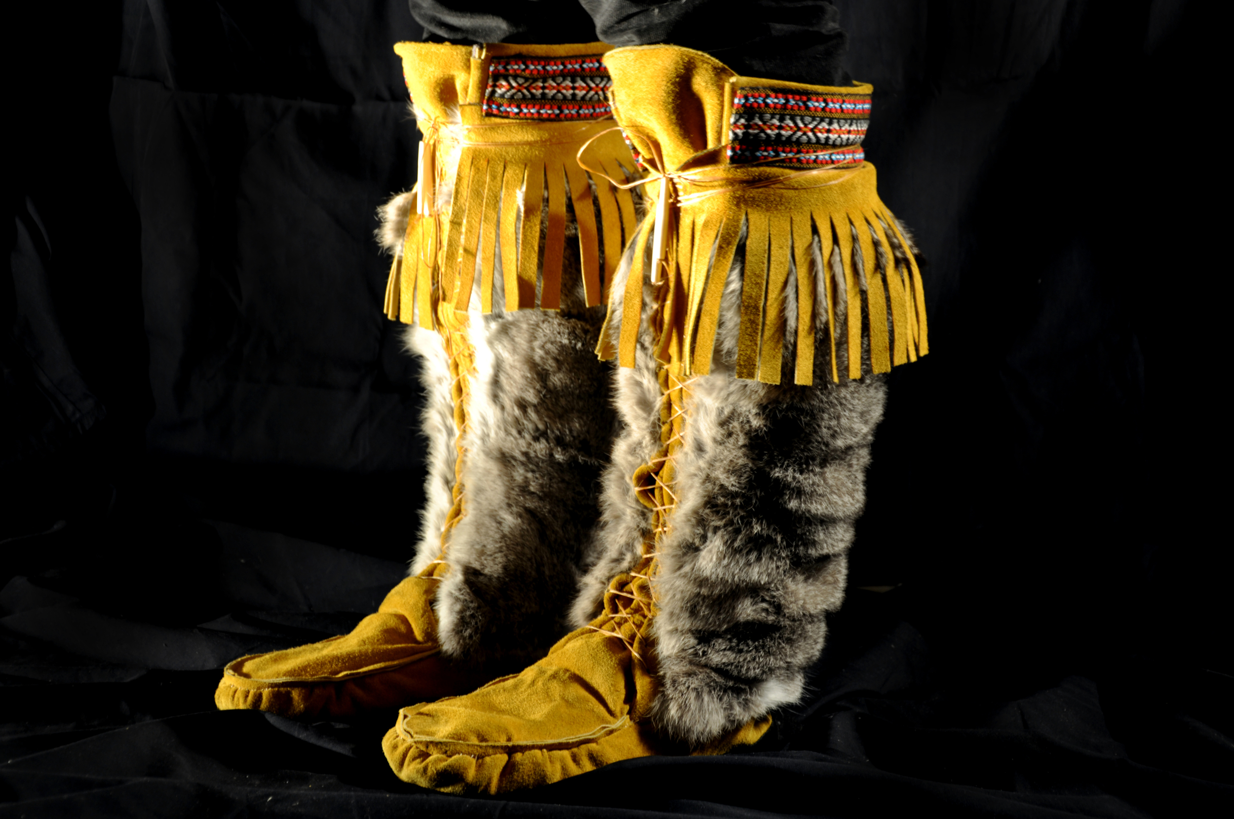 Mens Mukluks. Available in a variety of Leather/Fur Types