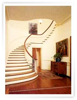 residence_escalera.jpg