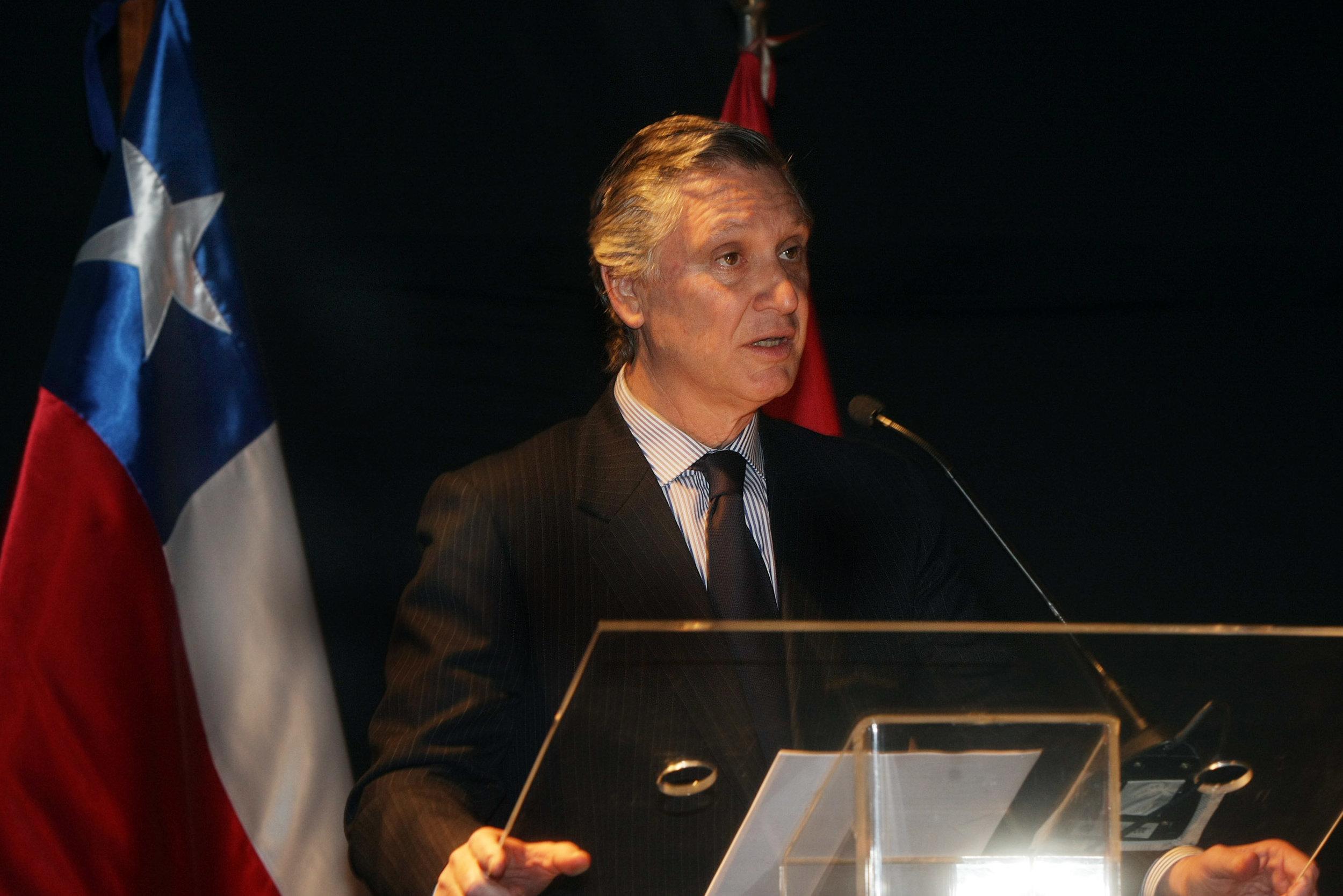 Carlos-Pareja.2.jpg