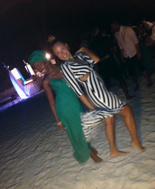 A blurry night on the beach