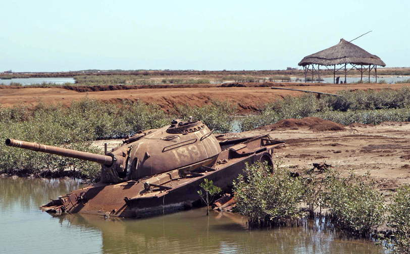 eritrea massawa tank by red sea.jpg