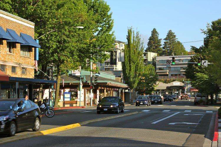 Downtown Kirkland Lake Washington Blvd