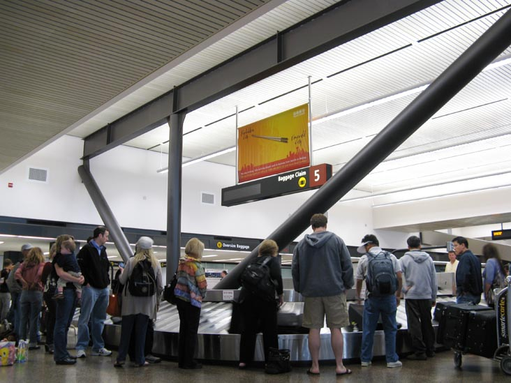 SeaTac Airport baggage claim carousel #5