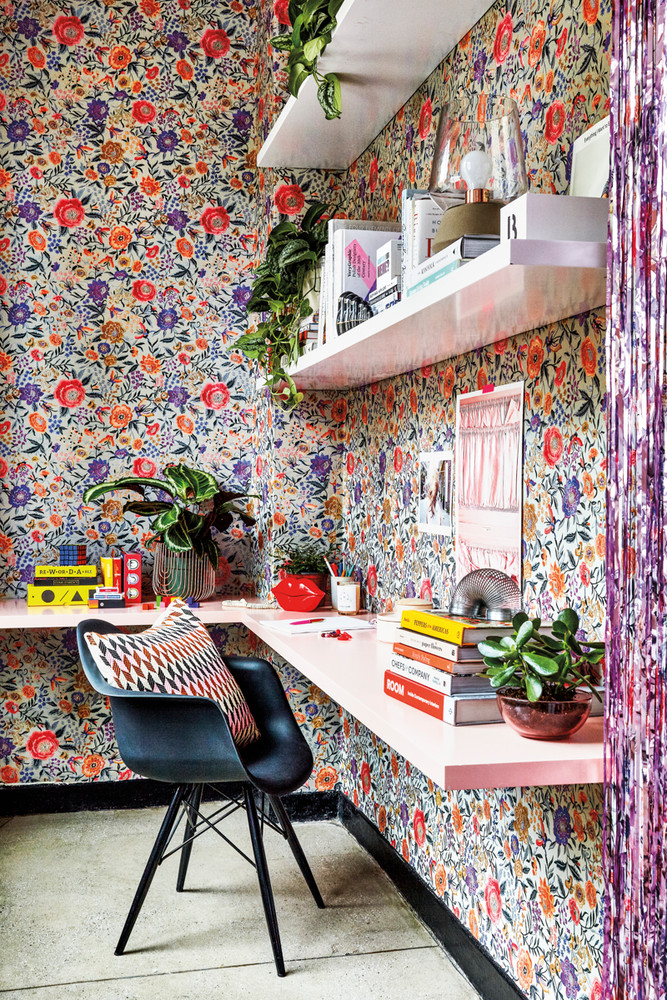 inside-the-domino-office-where-good-vibes-rule-green-and-pink-and-purple-office-5a21a1c8727e7f083ec157fb-w1000_h1000.jpg