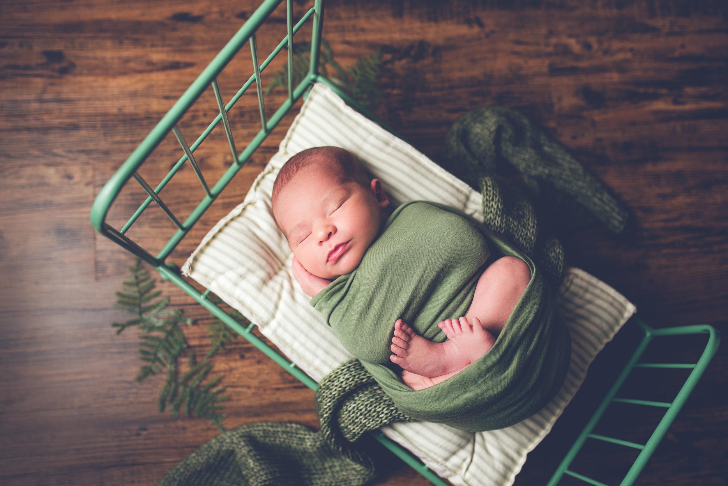 Newborn_Isaac_9Days-10.jpg