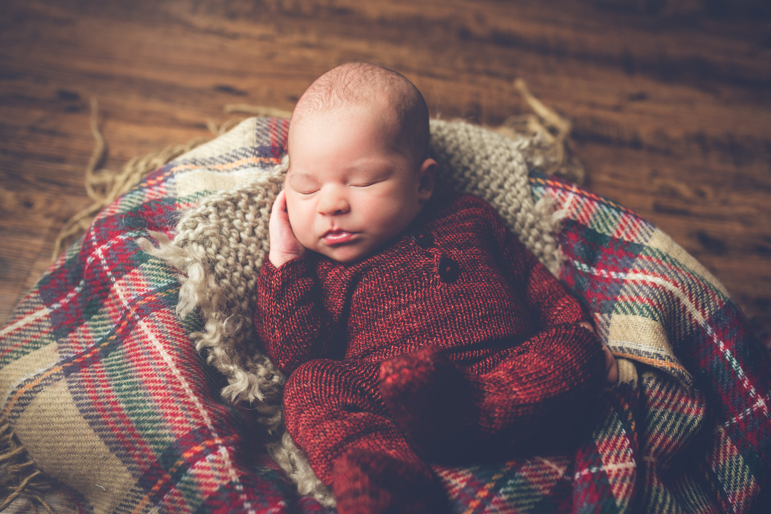 Newborn_Isaac_9Days-2.jpg