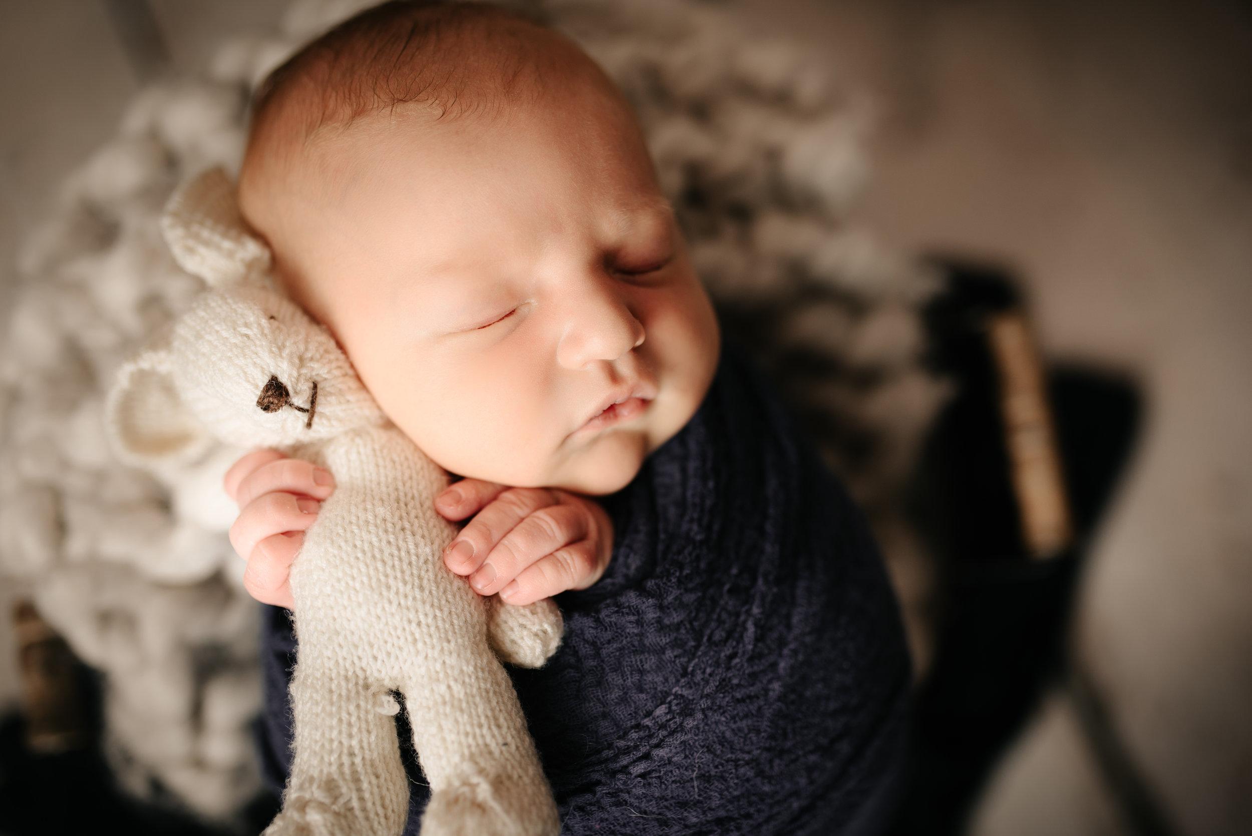 Newborn_John_13Days-3.jpg