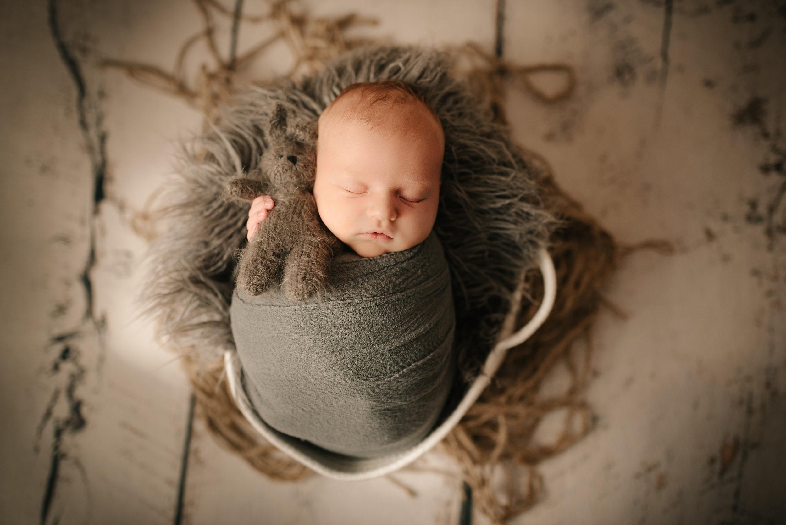 Newborn_John_13Days-7.jpg